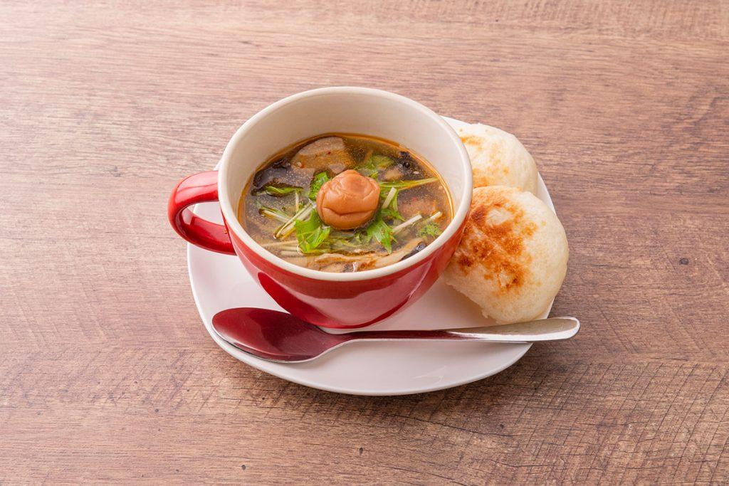 「高崎梅の酸辣湯風きのこスープ」単品 500円(税込)